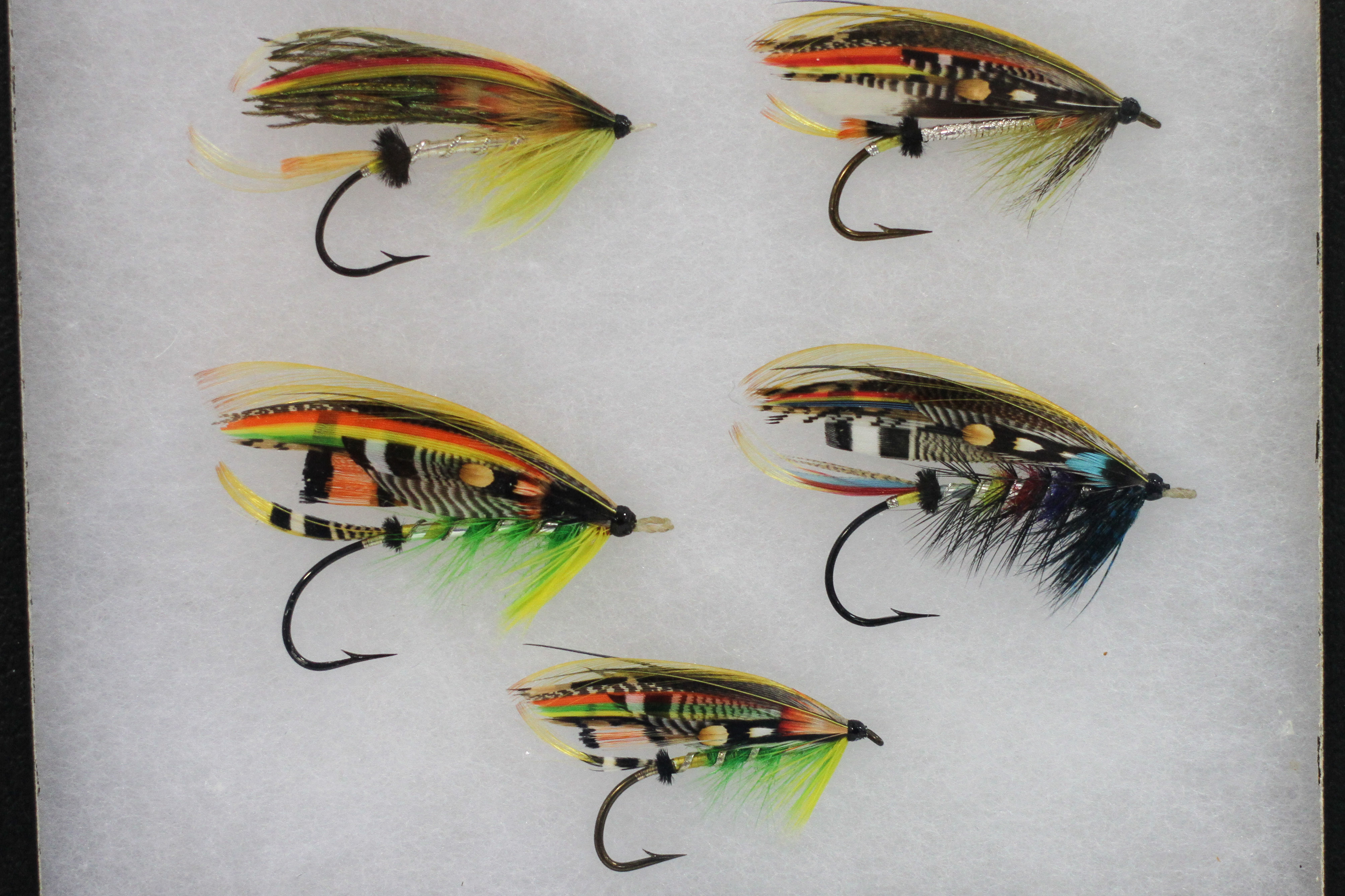 Nw fly tying and fly fishing expo ultimate hook for Fly fishing tying